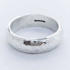 Textured Ring in 6mm (rnd)