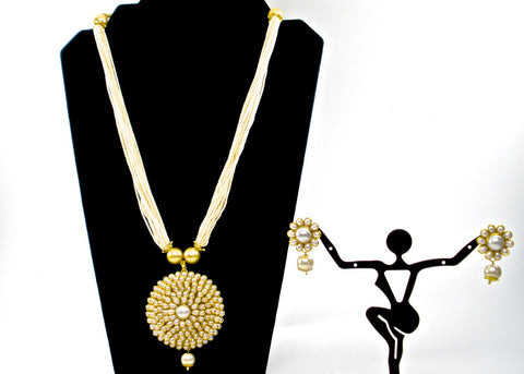 cluster pearl with traditional round pachi pendant