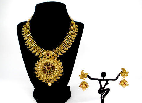 grand antique necklace set