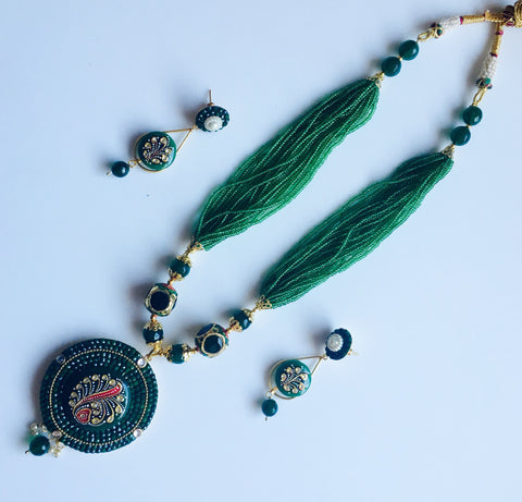 grand handmade set with circular tanjore pendant