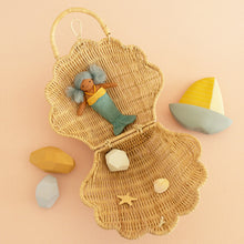 Load image into Gallery viewer, Olliella Shell Bag | Straw Olli Ella  One Country Mouse Kids
