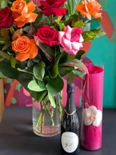 Load image into Gallery viewer, VALENTINES DAY 1 DOZEN COLOURED ROSES WITH SPARKLING WINE
