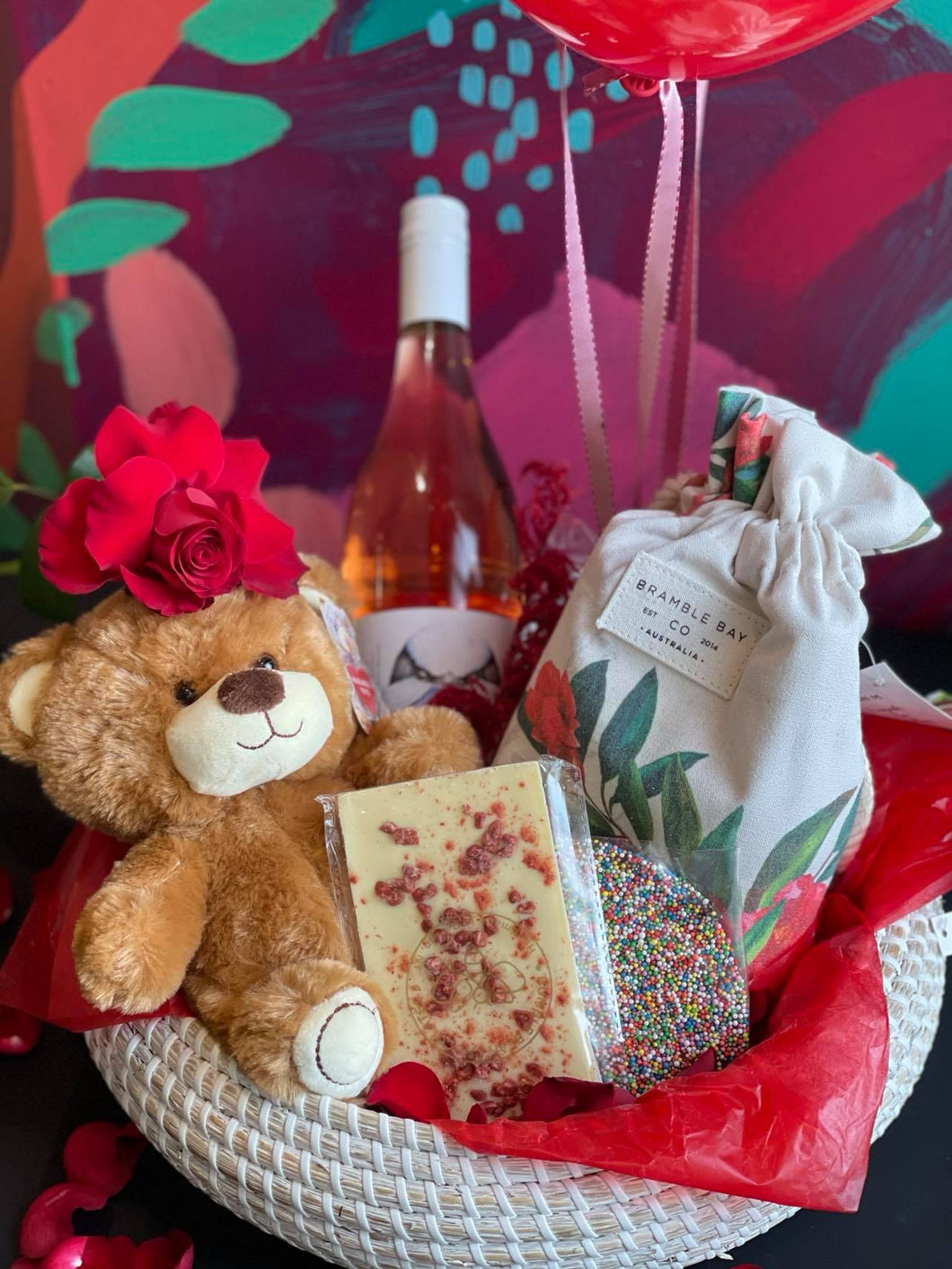 VALENTINES DAY ROSË ALL DAY HAMPER