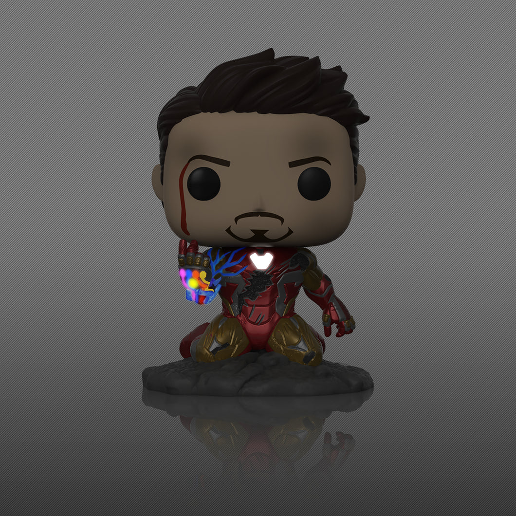 POP AVENGERS ENDGAME I AM IRON MAN PX GID DLX VIN FIG (C: 1- - 2 Geeks Comics