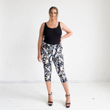Load image into Gallery viewer, Tigerlily Capri Pants in Cosmos Print