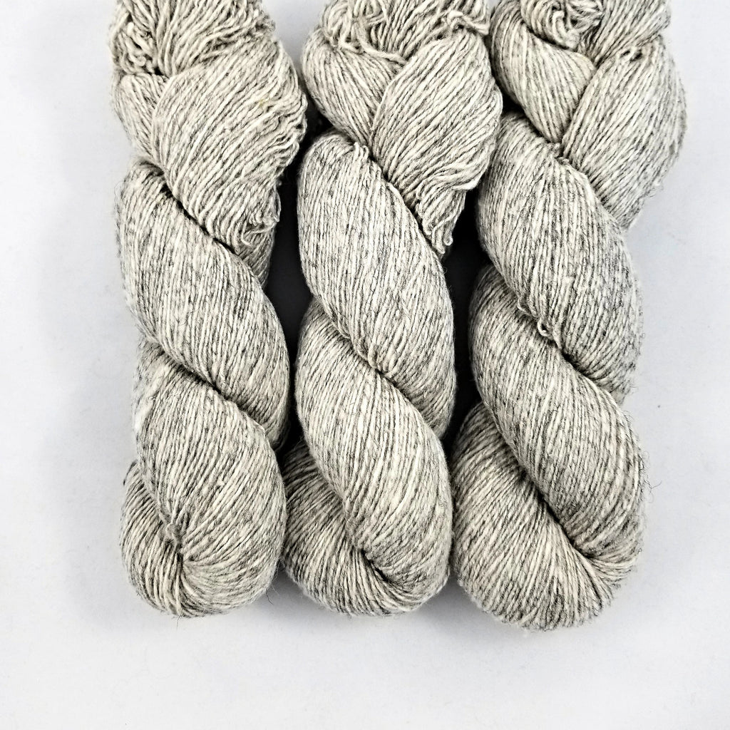 Custom Woolen Mills Yarn