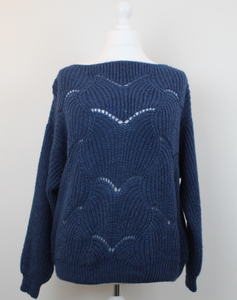 Scallop jumper
