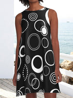 Black and White Retro Circles Pattern Pockets A-Line Casual Dress