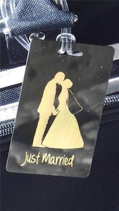 Novelty  LUGGAGE TAGS JUST MARRIED KISSING GOLD -  Inflightgoods