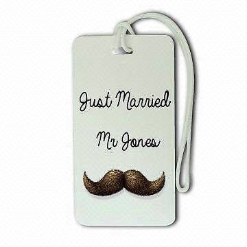 Novelty  LUGGAGE TAGS  MR& MRS JUST MARRIED moustache & lips -  Inflightgoods