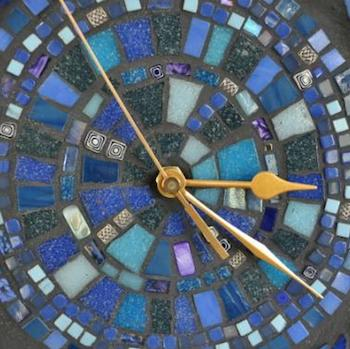 HOW TO MAKE A MOSAIC CLOCK
