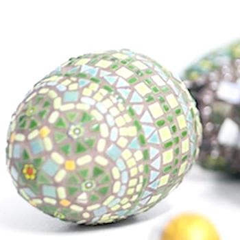 HOW TO MAKE A MOSAIC EASTER EGG