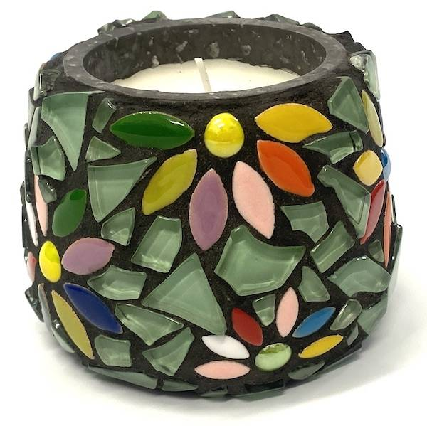 LEARN HOW TO MAKE THIS MOSAIC CANDLE
