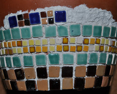 What surfaces are suitable to be mosaiced
