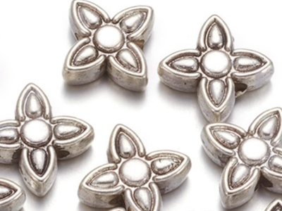 Antique Silver Star Flowers - 8.8x3.8mm