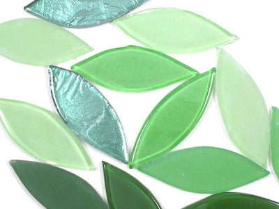 Green Mix Glass Petals