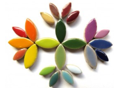 Mixed Ceramic Petals - A mix of random coloured ceramic petals in two different sizes