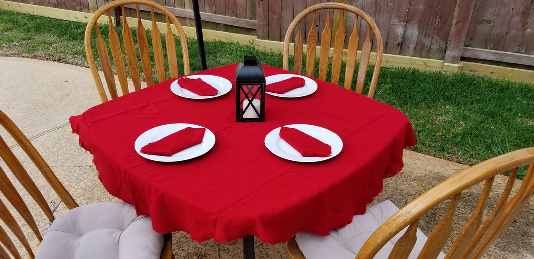 Round Red Table Cloth with 4 Napkins