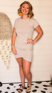 Fitted side rouched dress