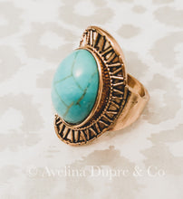 Load image into Gallery viewer, Vintage style turquoise stone ring