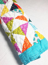 Load image into Gallery viewer, Pinwheel Baby Quilt