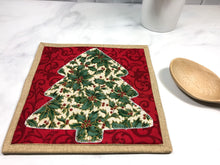 Load image into Gallery viewer, Christmas Tree Trivet