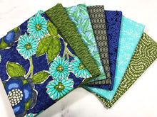 Load image into Gallery viewer, Aqua Blue Fabric Fat Quarter Bundle