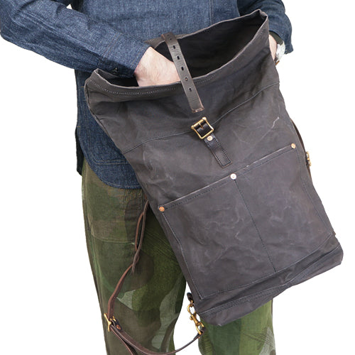 VASCO CANVAS x LEATHER ROLL TOP RUCK SACK BLACK PARAFFIN CANVAS