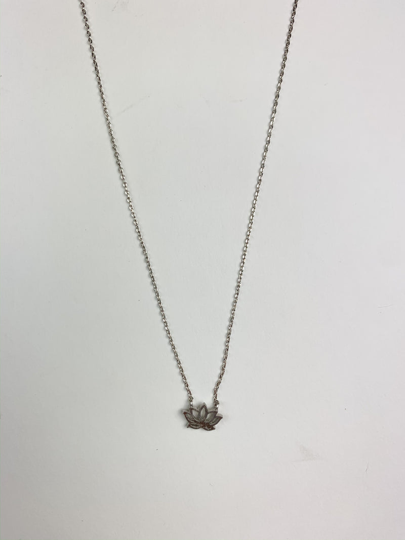 Silver Dainty Necklaces