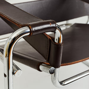 Signed Wassily chair by Marcel Breuer for Gavina