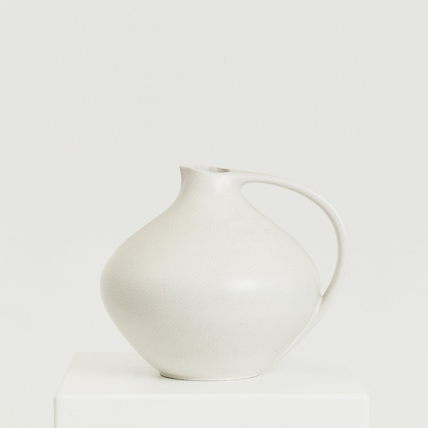 Large white crackled Ruscha style vessel - HIRE ONLY
