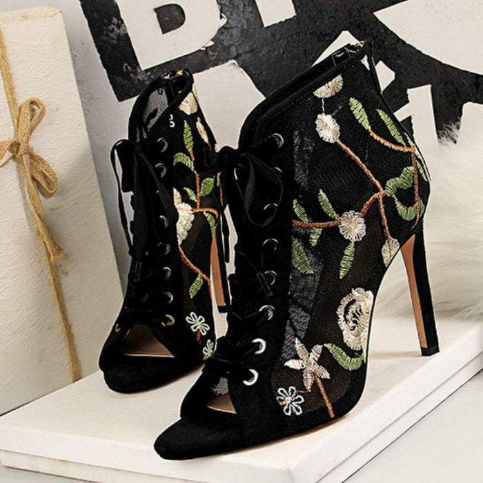 Hollow Lace High Heels 189-3