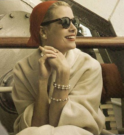 Grace Kelly with Foulard - Guado Urbino Fashion Accessories