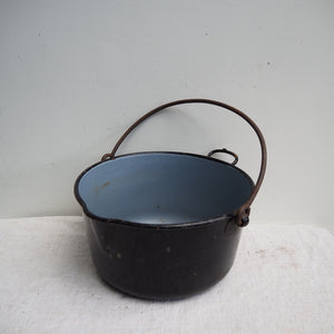 Black enamel cooking/planter pot