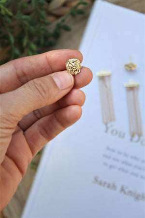 Studs lion earrings