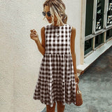 Diva in Plaid Summer Dress