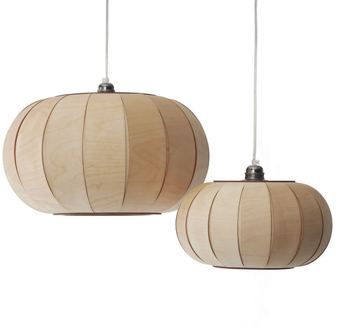 Tangerine 50_Pendant lamp made of thin, translucent wooden stripes