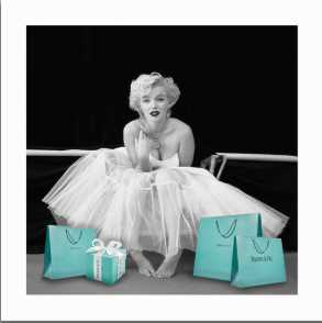 Marylin Monroe In Dress with Bags