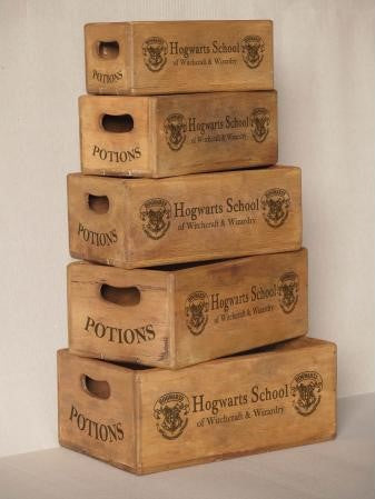 Set of 5 Nesting Shellfish Boxes - Hogwarts School with 2 Logos