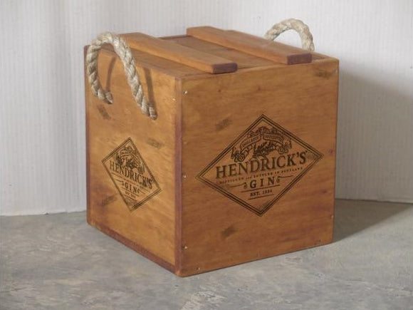 Hendrick's Gin Crate with Rope Handle for 4 Bottles