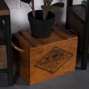 Lidded Hendrick's Gin Crate with Rope Handle for 6 Bottles