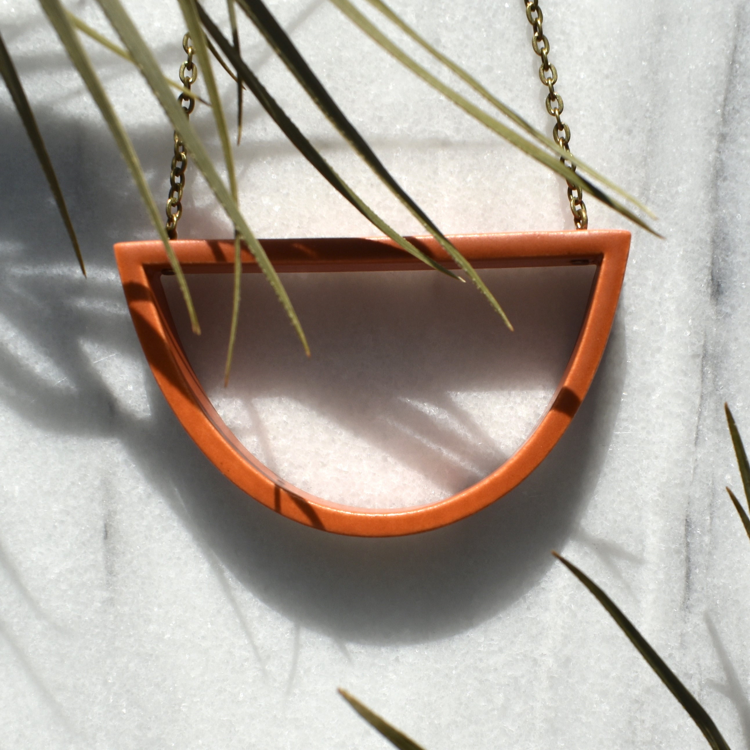 Capped Curve Necklace - II