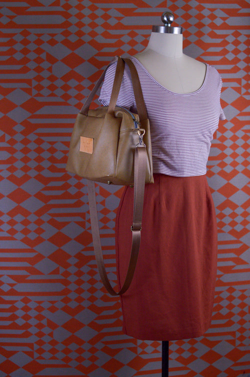 Desert Sand Faux Leather Sustainable Bag | Quinn Handbag