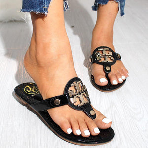 Comfortable Metal Buckle Open-toe Flat Slippers Sandals - GlitterLily