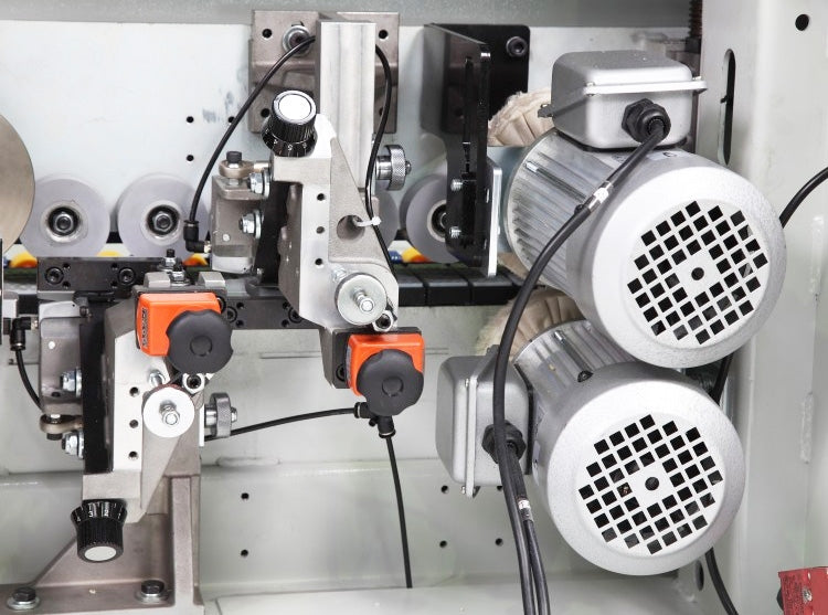 Cantek High Frequency Edgebander with Pre-Milling Model: MX340 - Detail 3