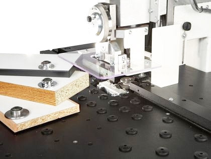 SCM Minimax Contour Edgebander - Model e10 with anti-scratch phenolic multilayer work table w/modular holes and panel supports