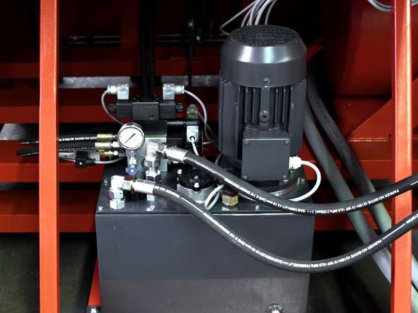 WEIMA WL 8 Wood Grinder and Shredder V-Rotor Hydraulic Motor Detail
