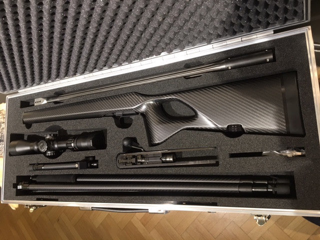 The ultimate gun case - R8, carbon stock, Javelin, Kapita