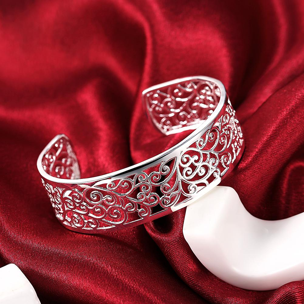beautiful bangle for Her