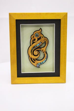 Medium Framed Manaia